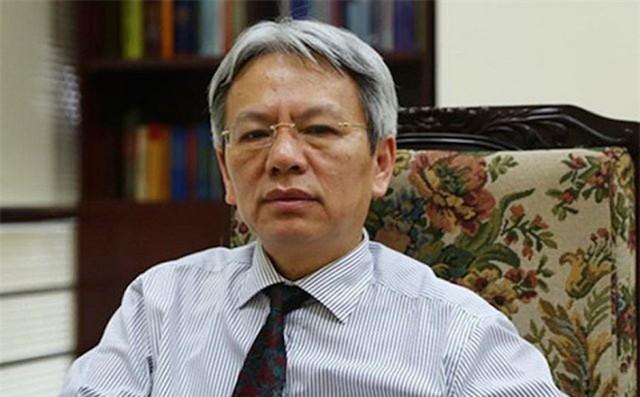 """TS Nguyễn Sĩ Dũng, nguyên Phó Chủ nhiệm Văn phòng Quốc hội khẳng định """"thu giá"""" là một khái niệm hoàn toàn vô nghĩa trong tiếng Việt."""