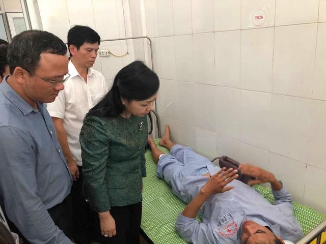 Bộ trưởng chỉ đạo BVĐK Tĩnh Gia, trong trường hợp cần hỗ trợ về chuyên môn thì báo cáo với Sở Y tế, Bộ Y tế để hỗ trợ kịp thời.