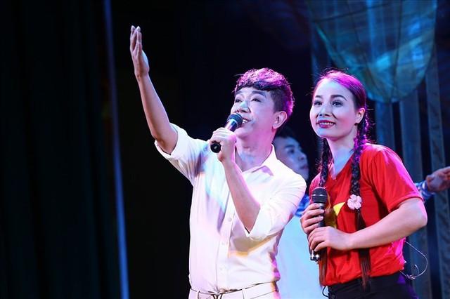 Con trai kép Bền do ca sĩ Long Nhật thủ vai.