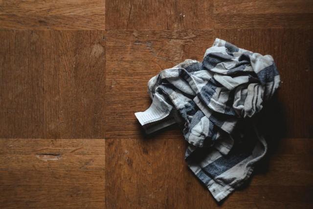 Nhà sạch thì mát, bát sạch ngon cơm, chỉ cần dành một chút thời gian vệ sinh khu vực nấu và để ý một chút là chúng ta đã tránh được những con vi khuẩn tưởng nhỏ bé nhưng lại vô cùng nguy hại tới sức khỏe của cả gia đình mình.