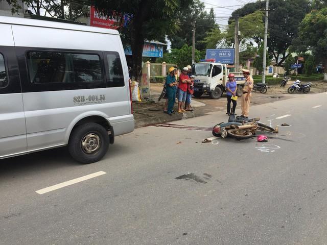 Vụ tai nạn khiến người chú tử vong tại chỗ, 2 cháu nhỏ cũng bị thương nặng.