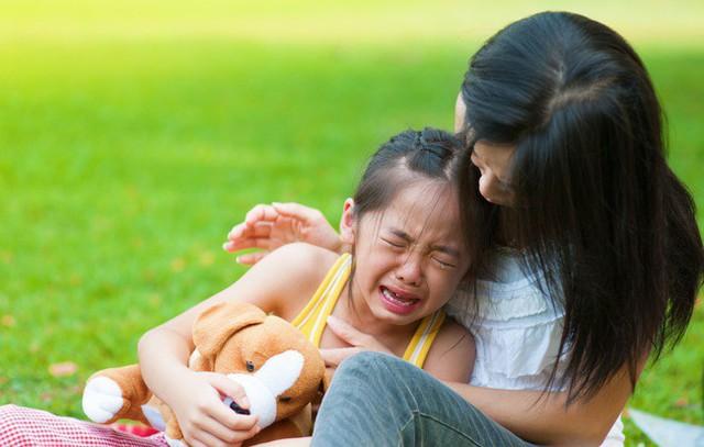 Nuông chiều con quá đà không phải cách để đứa trẻ phát triển bình thường (Ảnh: Internet)