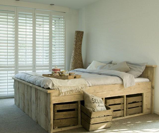 5. Để sở hữu một chiếc giường lưu trữ, bạn có kha khá lựa chọn tùy vào khả năng tài chính và thậm chí bạn còn có thể tự tay tạo ra một chiếc của riêng mình.