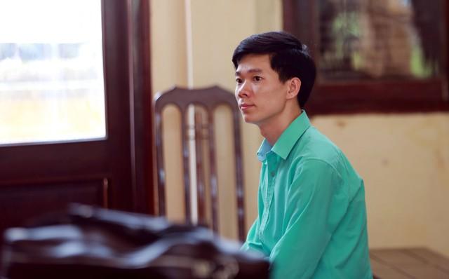 Hoàng Công Lương tại phiên toà sơ thẩm hồi tháng 5/2018
