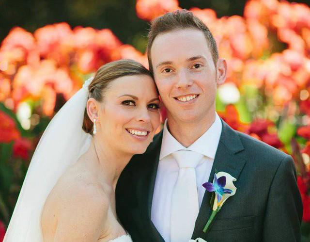 Renae Williamson và chồng trong ngày cưới.