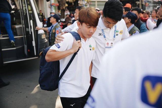 Minh Vương có sự nghiệp lận đận và nhiều mệt mỏi.