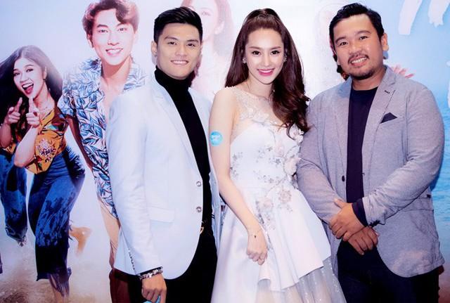 Linh Chi - Lâm Vinh Hải tới ủng hộ nhà sản xuất Lý Minh Thắng đầu tư làm phim ca nhạc nói về ước mơ và tình yêu của những người trẻ.