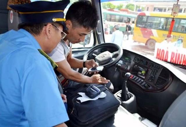 Theo Bộ GTVT, có khoảng 340.000 xe sẽ phải thay thế, bổ sung thiết bị giám sát hành trình.
