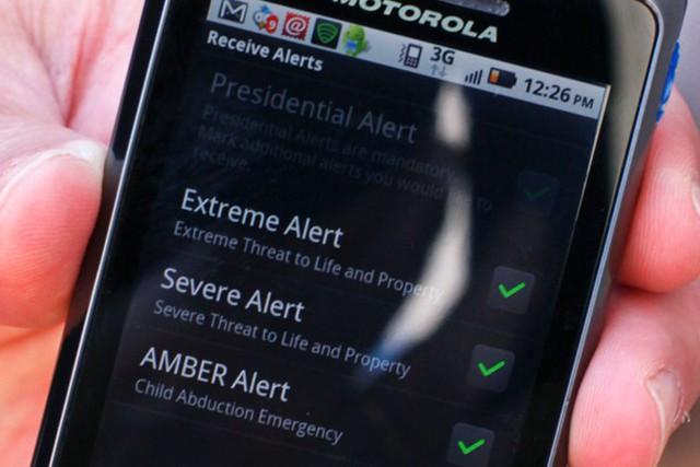 Tin nhắn từ Hệ thống Báo động khẩn cấp không dây quốc gia Mỹ. Ảnh: AP.