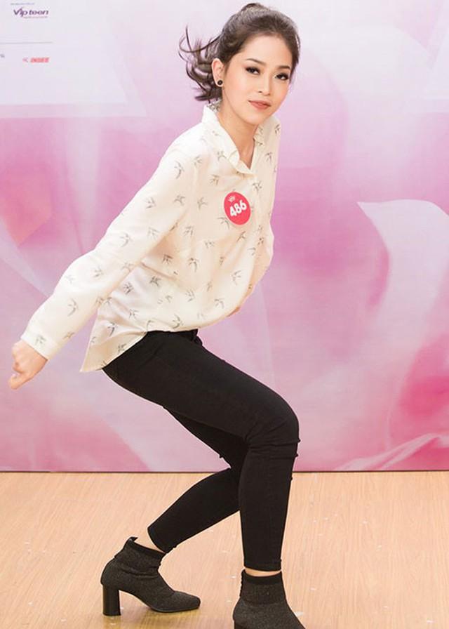 Tại cuộc thi Hoa hậu Việt Nam 2018, người đẹp sinh năm 1998 thể hiện vũ đạo tốt ở phần thi tài năng. Ảnh: BTC