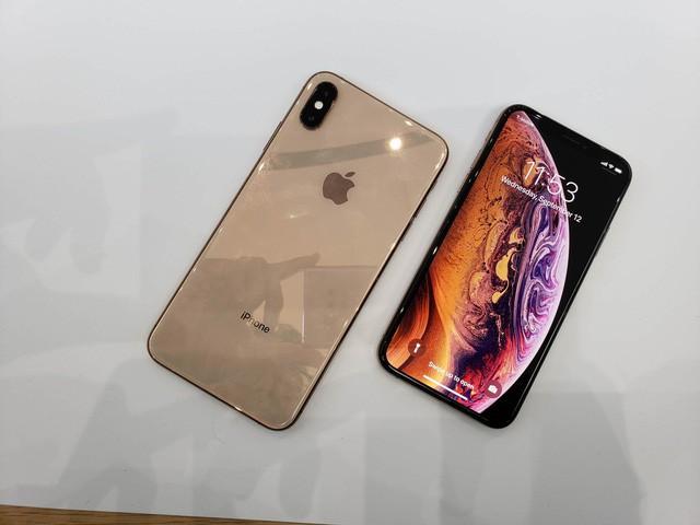iPhone XS được xem là bản nâng cấp từ phiên bản iPhone X ra mắt năm ngoái