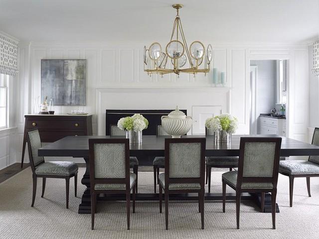 Vừa giúp bạn tiết kiệm diện tích, vừa đáp ứng tốt nhu cầu sử dụng lại không hề mang lại cảm giác tẻ nhạt, còn chờ gì mà bạn còn sắm cho gia đình một bộ bàn ăn theo phong cách tối giản này.