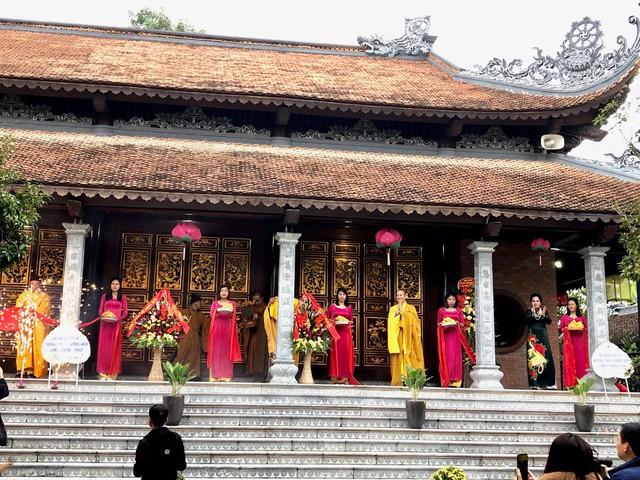 Lễ cắt băng khánh thành tu bổ, tôn tạo chùa Vinh Quang