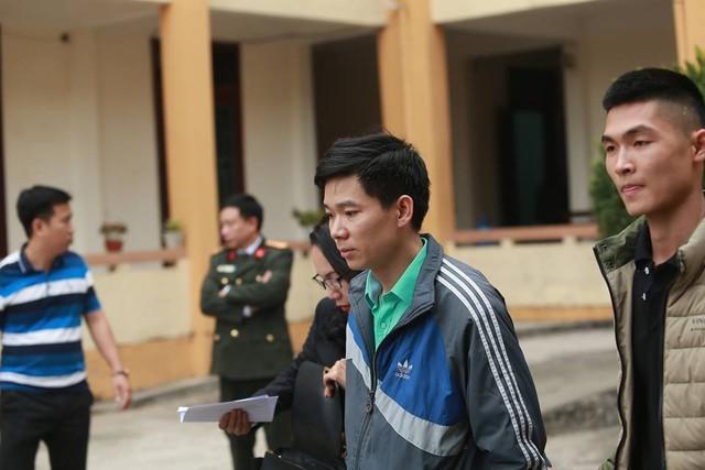Cựu BS Hoàng Công Lương tham gia phiên toà (ảnh tư liệu)