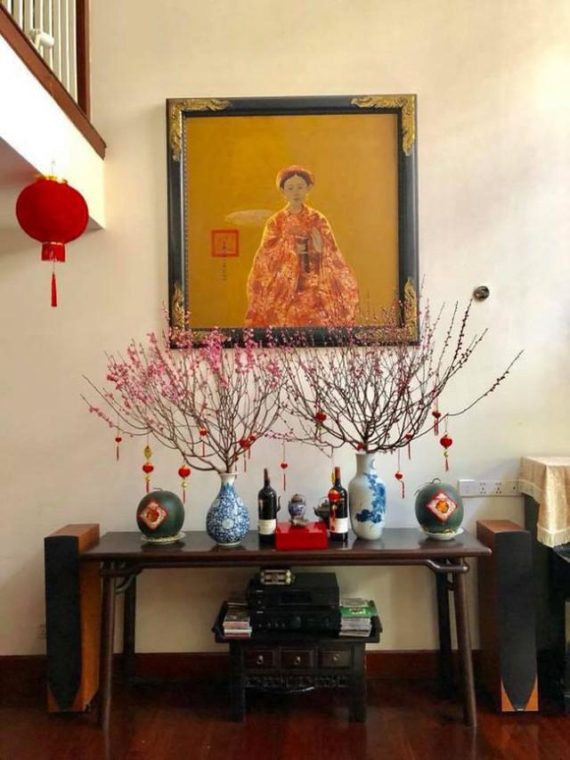 Từng góc nhỏ đều được Quang Dũng bày trí những món đồ đặc trưng của Việt Nam.