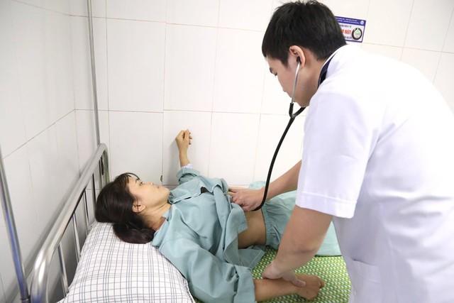Kỳ lạ người phụ nữ ở Phú Thọ có nội tạng đảo ngược - Ảnh 2.