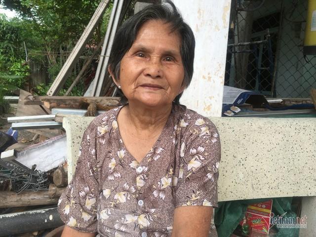 Cụ bà 50 năm sống ở nghĩa trang Sài Gòn, chứng kiến nhiều cảnh lạ - Ảnh 3.