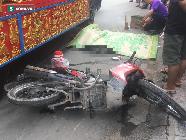 Trên đường tới công ty, nam công nhân bị xe tang cán chết - Ảnh 1.
