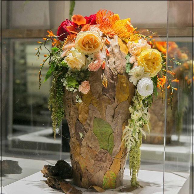Đây là 9 bình/lẵng hoa đắt khủng khiếp trong ngày 20/10 mà nhiều chị em đã được tặng - Ảnh 9.