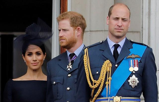 Hoàng tử William mong vợ chồng em trai đều ổn - Ảnh 1.