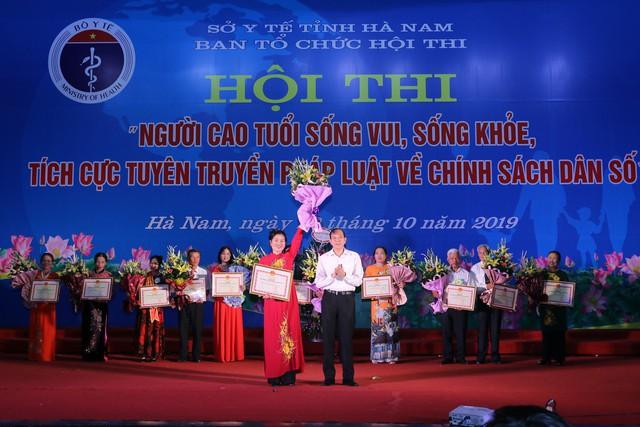 Hà Nam tổ chức Hội thi người cao tuổi sống vui sống khỏe, tích cực tuyên truyền về chính sách dân số - Ảnh 4.