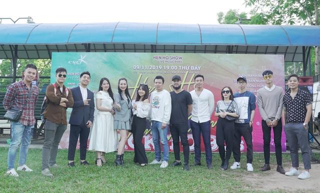 """Ca sĩ Đinh Mạnh Ninh tham gia show âm nhạc """"hoài niệm của thế hệ 7X, 8X, đầu 9X - Ảnh 2."""