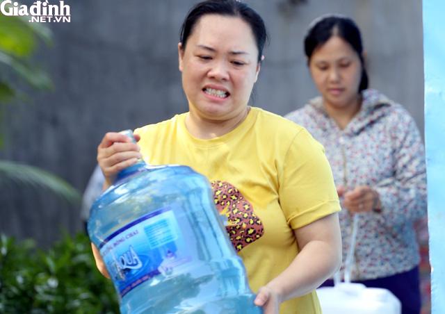 Hà Nội tăng giá nước sinh hoạt cần đi đôi với tăng chất lượng - Ảnh 1.