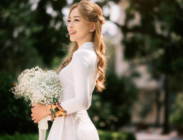Á hậu Bùi Phương Nga là sinh viên giỏi của ĐH Kinh tế Quốc dân - Ảnh 2.