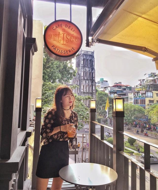 Thu sang, lang thang 5 quán cà phê view tình, đẹp nhất Hà Nội - Ảnh 11.