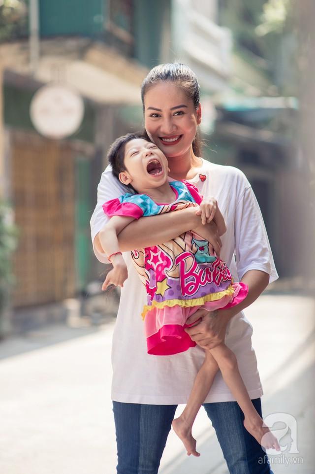 Minh Cúc Về nhà đi con kể về bạn trai từng nghĩ chỉ yêu chơi: Anh ấy muốn làm bố, nhưng tôi không thể sinh con - Ảnh 6.