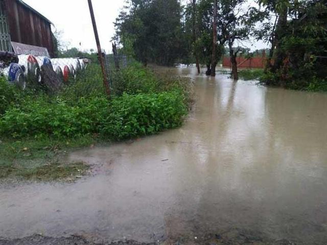 Cảnh báo mưa to, lũ quét do bão số 6 suy yếu thành áp thấp nhiệt đới - Ảnh 2.