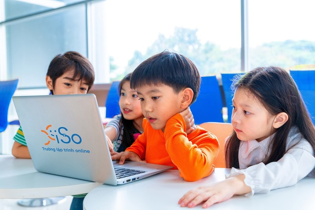 Có thể áp dụng học trực tuyến nhưng kiểm tra định kỳ phải tổ chức tại trường - Ảnh 1.