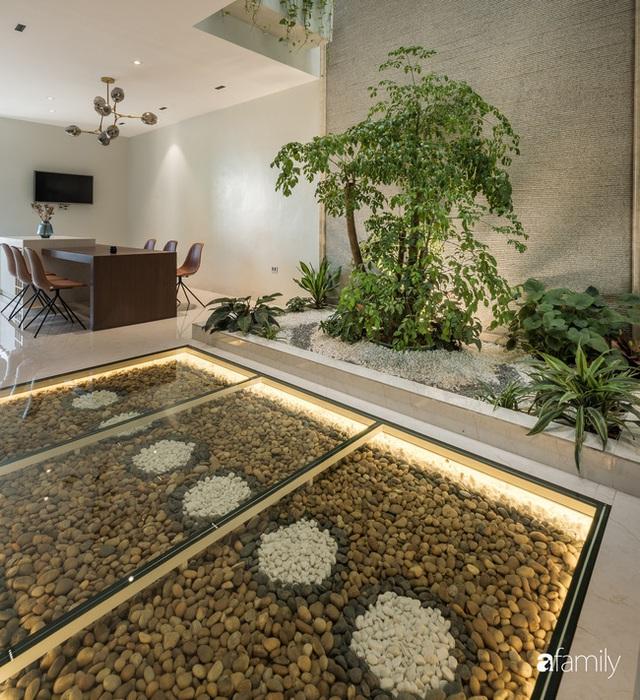 Ngôi nhà bố dành tặng con trai được thiết kế theo phong cách tối giản với những khoảng xanh bắt mắt ở Quảng Ninh - Ảnh 12.