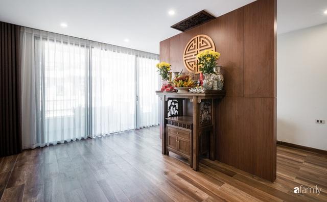 Ngôi nhà bố dành tặng con trai được thiết kế theo phong cách tối giản với những khoảng xanh bắt mắt ở Quảng Ninh - Ảnh 32.