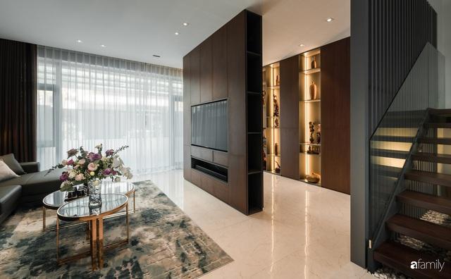 Ngôi nhà bố dành tặng con trai được thiết kế theo phong cách tối giản với những khoảng xanh bắt mắt ở Quảng Ninh - Ảnh 7.