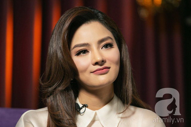 Vũ Thu Phương: Lấy chồng đại gia Campuchia, nuôi 2 con riêng, có mâu thuẫn là mời mẹ chồng - em chồng ra nói chuyện  - Ảnh 9.