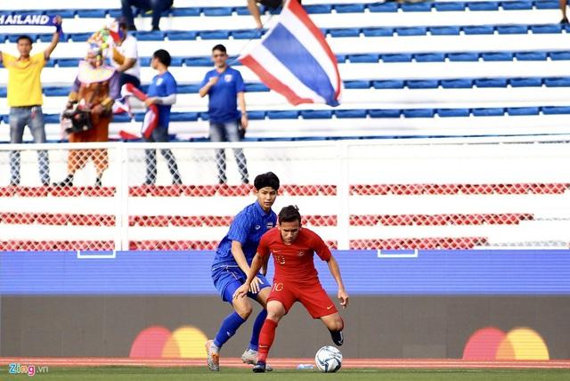 HLV Park Hang-seo đến sân nghiên cứu U22 Thái Lan đối đầu Indonesia - Ảnh 6.
