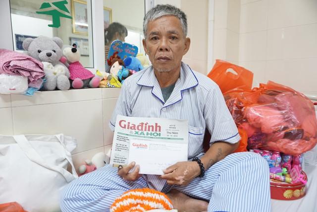 Bé Nguyễn Thanh Thảo nhận được hàng tỷ đồng từ sự giúp đỡ của bạn đọc - Ảnh 3.