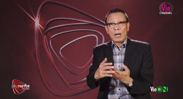 Siêu trí tuệ Việt Nam: Nhà báo Lại Văn Sâm cảm thấy khiếp đảm, Tóc Tiên nín thở với màn xếp 100 rubik - Ảnh 3.