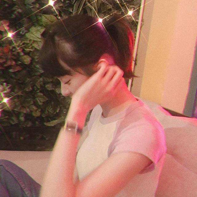 Người yêu cũ Cường Đô la thường đăng ảnh che mặt sau khi bị chê xuống sắc  - Ảnh 5.