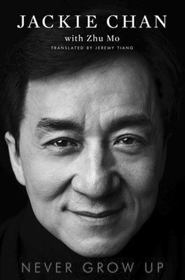 Thành Long Jackie Chan - ngôi sao gây tranh cãi, phim và đời khác xa nhau - Ảnh 5.
