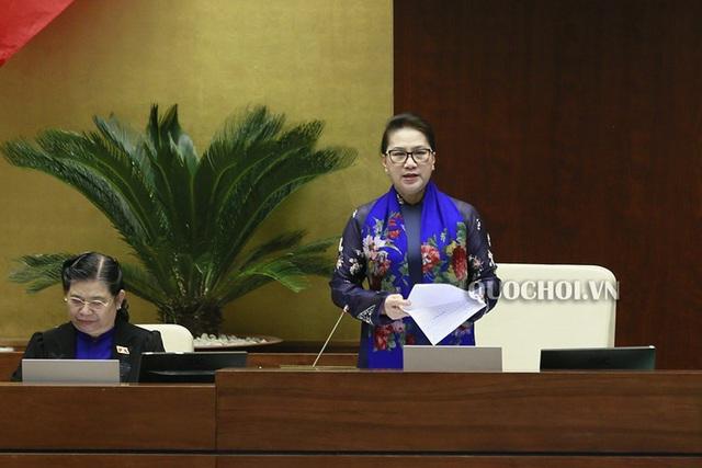Chủ tịch Quốc hội Nguyễn Thị Kim Ngân đánh giá Bộ trưởng Nguyễn Mạnh Hùng trả lời thẳng thắn, cầu thị - Ảnh 1.