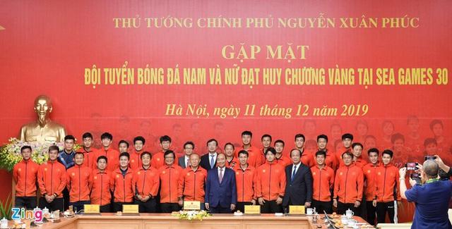 Thủ tướng giải thích việc chỉ gặp 2 đội bóng đá vô địch SEA Games 30 - Ảnh 2.