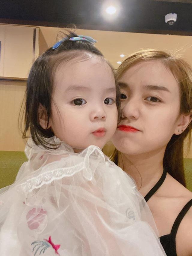 Vẻ đáng yêu của hai con gái Hoài Lâm - Ảnh 6.