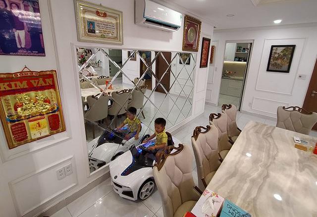 Phi Thanh Vân khoe căn hộ 200 m2 xinh xắn nhưng ai cũng chỉ chú ý đến ghế tình yêu đặt trong phòng ngủ - Ảnh 6.