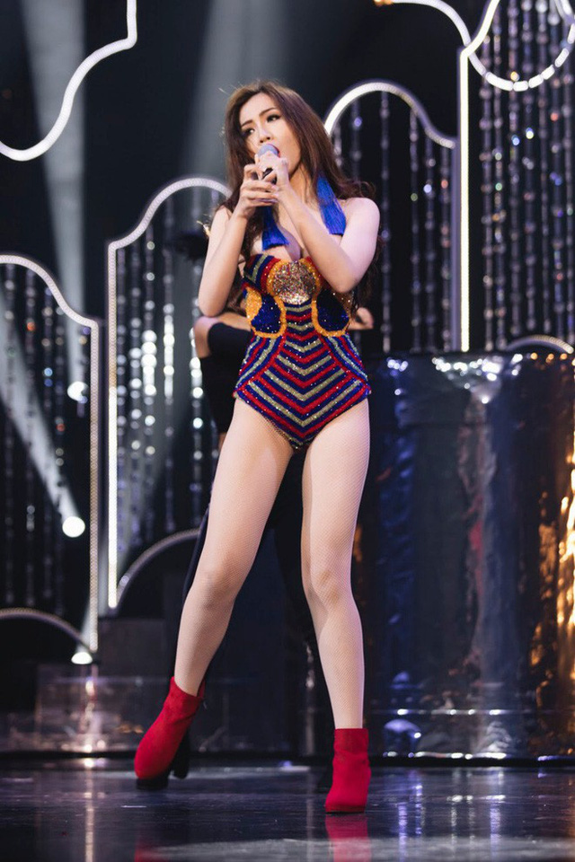 Nhật Hà chọn tài năng là ca hát có vũ đạo