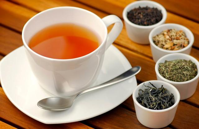 Có nhiều loại trà dược giúp chống căng thẳng, mệt mỏi sau giờ làm việc. Ảnh minh họa.