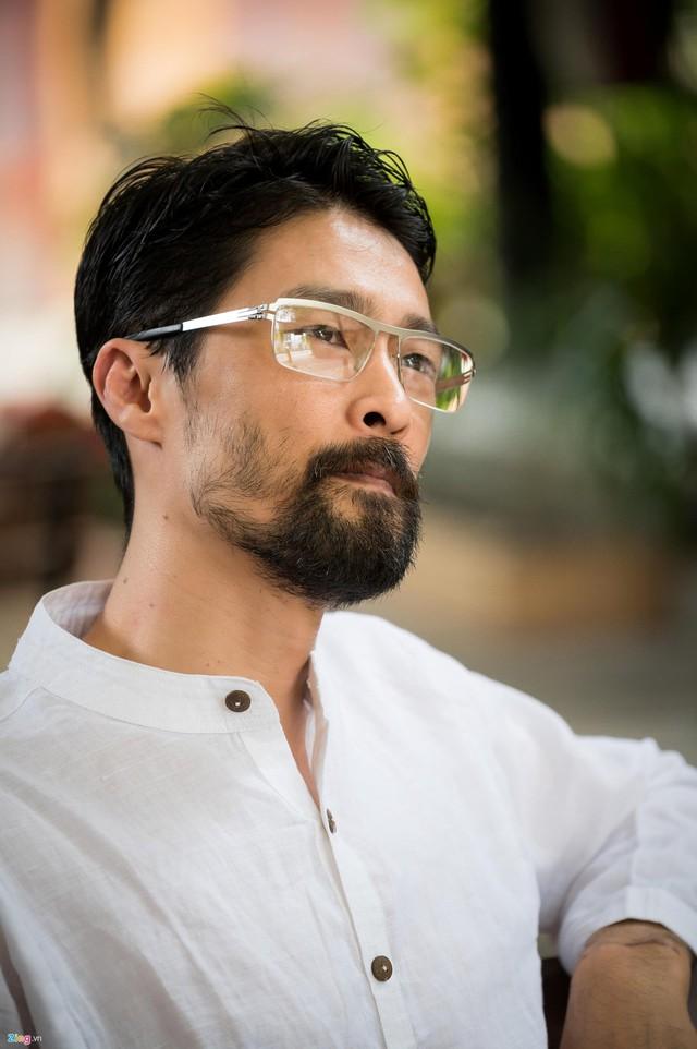 Johnny Trí Nguyễn vẫn thường xuyên theo dõi phim của Ngô Thanh Vân.