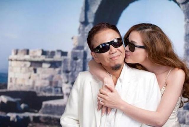 Sau cuộc hôn nhân đầu tan vỡ vì vướng cờ bạc, nghệ sĩ Hồng Tơ tái hôn với vợ kém 23 tuổi.