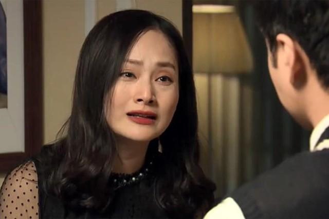 Diễn viên Lan Phương gây tranh cãi khi so sánh showbiz hai miền.